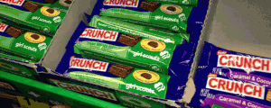 Nestle Limited Edition Girl Scout Cookie Flavors Thin Mints & Peanut Butter Creme Bar & Taken 2