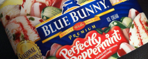 Review: Blue Bunny Seasonal Selections Perfectly Peppermint Ice Cream & What the Hell, Winter X-Games???