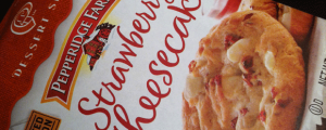 Review: Limited Edition Pepperidge Farm Strawberry Cheesecake Soft Dessert Cookies & Awkward Tuesdays: Getting Mistaken For a Delivery Guy