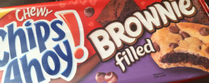 Review: New Brownie Filled Chewy Chips Ahoy! & The Nosh Show, Episode 9