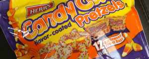 Review: Herr's Pumpkin Shaped Candy Corn Flavor-Coated Pretzels & The Nosh Show, Episode 12! (And My Sports Rollercoaster of Emotions)