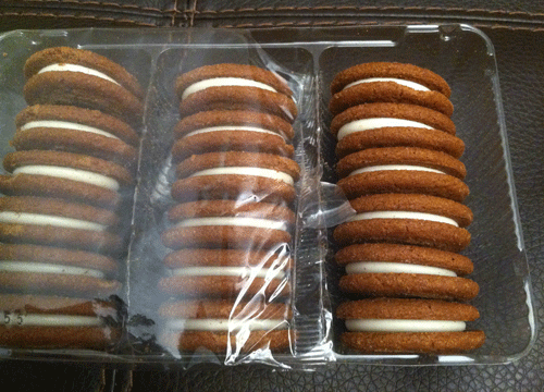 Market Pantry Gingerbread Cheesecake Creme Sandwich Cookies