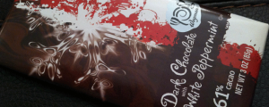 Review: Wegmans Dark Chocolate with White Peppermint & FULL-ON EATING SOUP IN THE BATHROOM