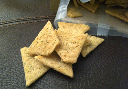New Brown Rice Sour Cream & Chive Triscuit Thin Crisps