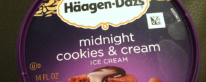 Review: Limited Edition Häagen-Dazs Midnight Cookies & Cream & How Stupid Are You? ATMs, Bomb Threats