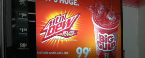 Review: Mountain Dew Solar Flare (Only at 7-11), The Nosh Show Ep. 34, & IT'S NATIONAL JUNK FOOD DAY!