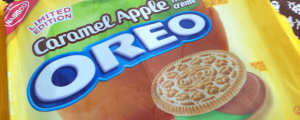 Review: Limited Edition Caramel Apple Oreos & It's Back-To-School Monday! AKA GAAAH SO MANY PEOPLE AT TARGET