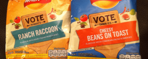 Review (x2): Walkers Do Us A Flavour Potato Crisps: Ranch Raccoon & Cheesy Beans On Toast