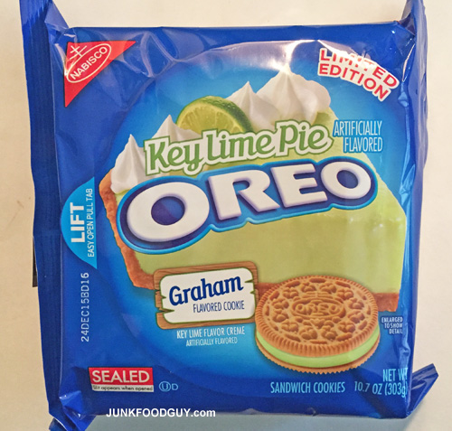 Limited Edition Key Lime Pie Oreos: The Money Shot