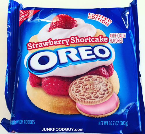Limited Edition Strawberry Shortcake Oreos: The Money Shot