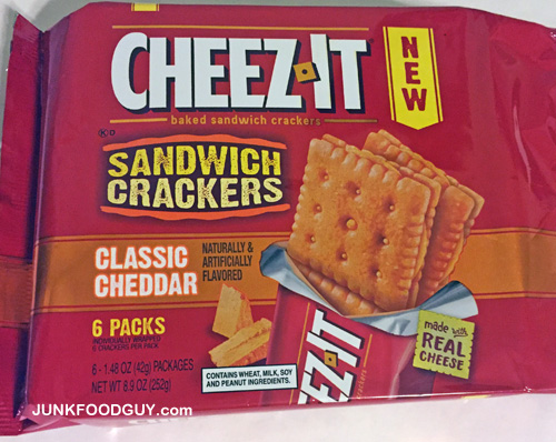 New Cheez-It Classic Cheddar Sandwich Crackers: The Money Shot