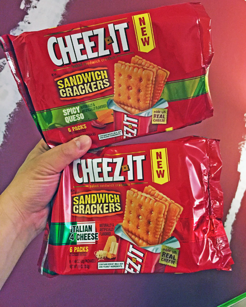 New Cheez-It Italian 4 Cheese & Spicy Queso Sandwich Crackers: The Money Shot