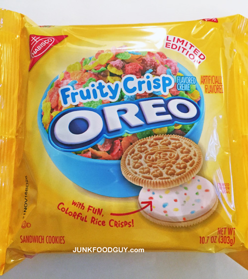 Limited Edition Fruity Crisp Oreos: The Money Shot