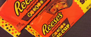 Review: Reese's Stuffed With Pieces, Nosh Show Ep.82, & Turn UP the AC?