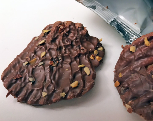 MICRO-REVIEW: Limited Edition Milk Chocolate Covered Wavy Lays w ...